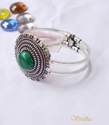 Buy Bangle with Green stone men-kurta online
