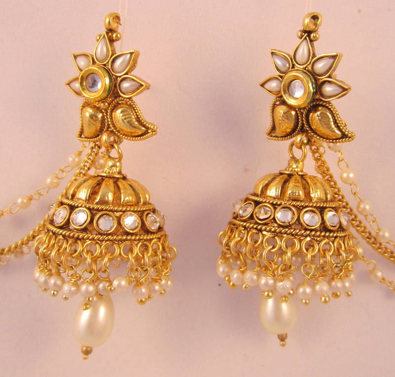 Jhumka earrings with chain ~ beautify themselves with earrings