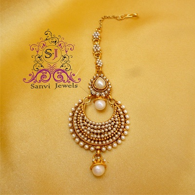 Buy Antique Pearl Maang Tikka Online
