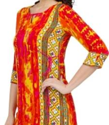 Buy Casual 3/4th Sleeves Self Design Women's Kurti kurtas-and-kurti online