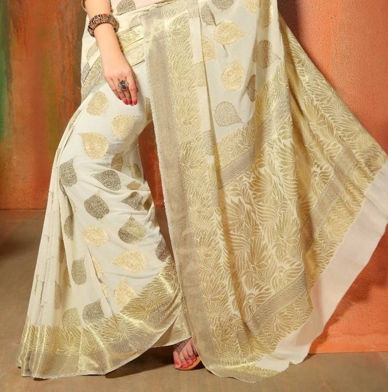 Wedding White Sarees Online: Buy Gorgeous Banarasi Chiffon Wedding Saree
