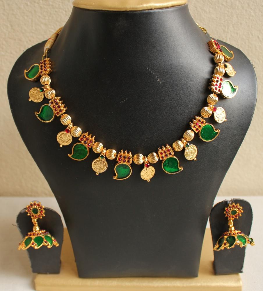 Buy Gorgeous Kerala Style Palakka Necklace Set Online
