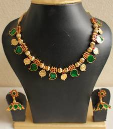 Buy GORGEOUS KERALA STYLE PALAKKA NECKLACE SET necklace-set online