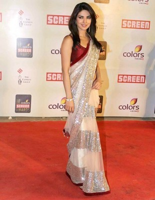 Priyanka chopra screen award saree