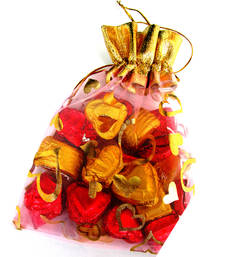 Buy Homemade chocolates milk chocolate pouch new-year-gift online