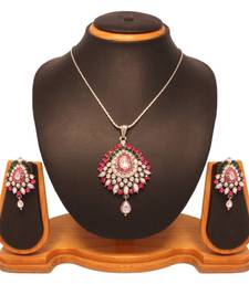 Buy Vendee Fashion Admirable Kundan Pendant Set 8130 necklace-set online