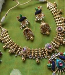 Buy Design no. 8 b.1632....Rs. 4200 Necklace online