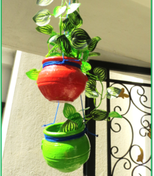 Buy Planters (Red & Green) pot online