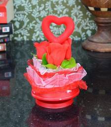 Buy Heart on Roses Gift Hamper wedding-gift online