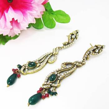 Victorian Leafy Long Dangler Maroon Green