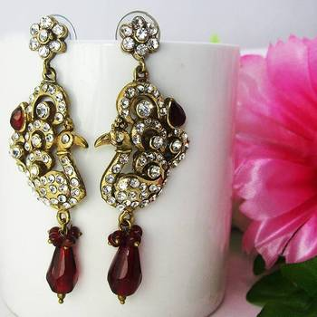 Victorian Curvy Danglers Tingy Red