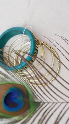 Morcrest Green Studded Bangle Set