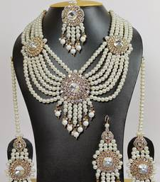 Buy pearl emersed necklaceset bridal-set online