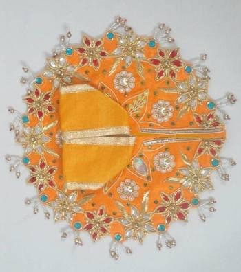 """4.5"""" Holly Flower Ladoogopal Poshak"""