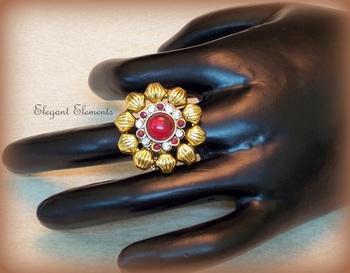 Rajwadi ethnic ring