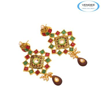 Vendee Hot Wedding Earring 7400