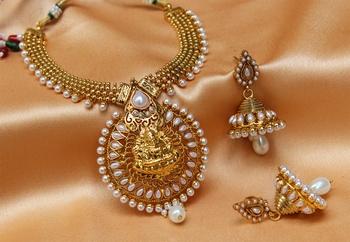 Lovely whitecolour  laxmi necklace set