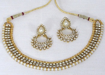 Golden pearl Stone Polki Necklace set