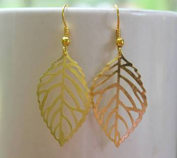 golden leaf earring