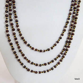 Garnet and pearls necklace