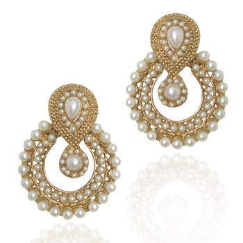 Pearl traditional ethnic Indian earring b332