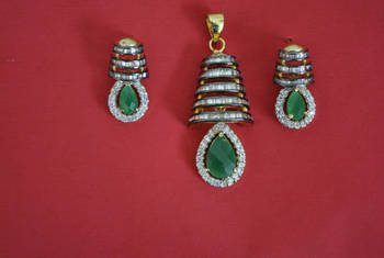 CZ pendant set with green onyx