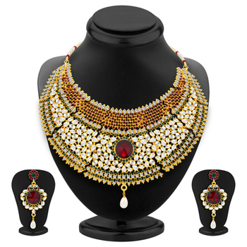 Resplendent Gold Plated Kundan Necklace Set For Women