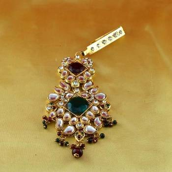 micro gold platted satka brooch