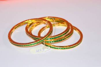Green Stone Bangle Set