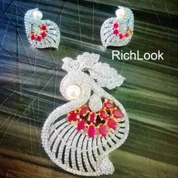 richlook royal ruby pendant set