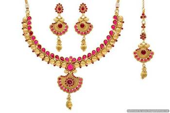 ANTIQUE GOLDEN STONE STUDDED TRADITIONAL NECKLACE SET (POTA RED)  - PCAN4024