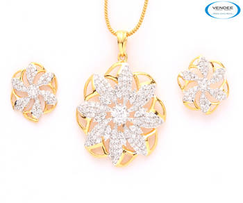 Beautiful Indian fashion CZ pendant set