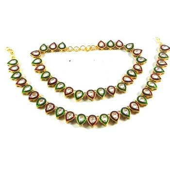 Red & Green Dazzling Anklet