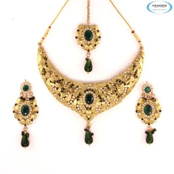 Womens fashion diamond necklace jewelry
