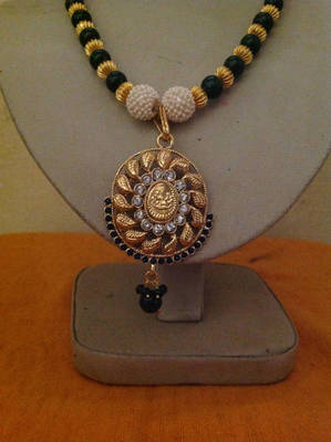 Antique Laxmi Necklace with Green and White Crystal made