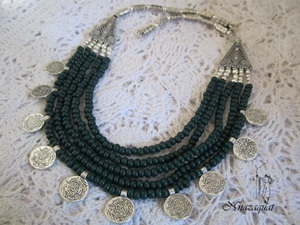 Multi layer ethnic green necklace