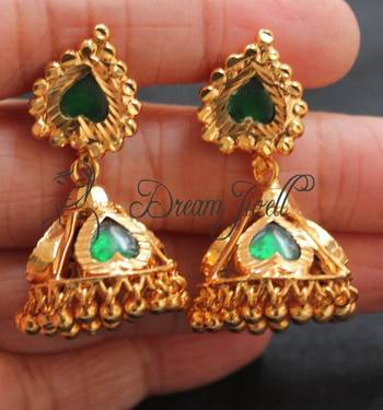 GORGEOUS GOLD PLATED PALAKKA JHUMKKA
