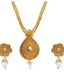 Buy white kundan pendants Pendant online