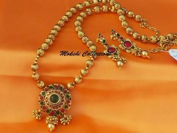 Gorgeous Kempu Necklace Set