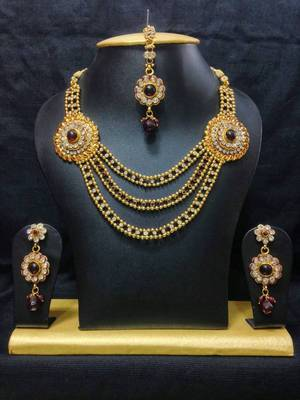 Haram Jewelry Set in High Gold Polish with Maroon Stones