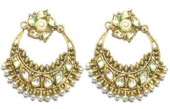 costume jewellery kundan pearl gold tone dangle earring a20