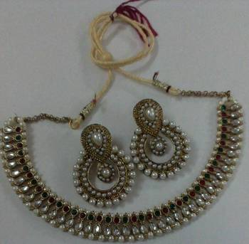 Traditional Necklace set with Designer Earings