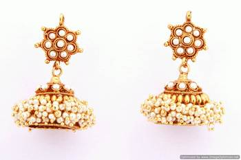 Fashionable Earring Collection 18