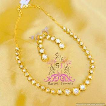 Single line kundan meenakari necklace