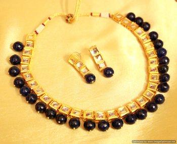 Navy blue onyx single line kundan necklace set