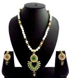 Buy Green pearl delicate pendant necklace set Pendant online