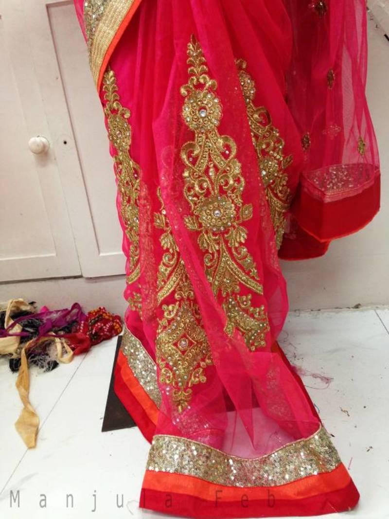 Buy Yami Gautam In Net Saree Online