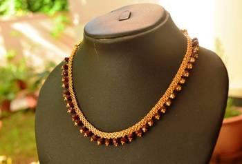 Maroon crystal necklace