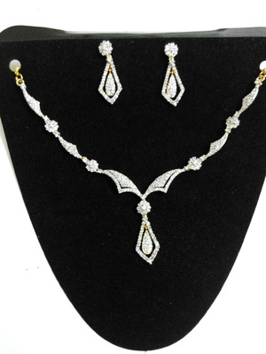 delicate americian diamond set