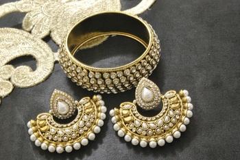 New Ram Leela Pearl Earrings with Gold Plated Stones Kada